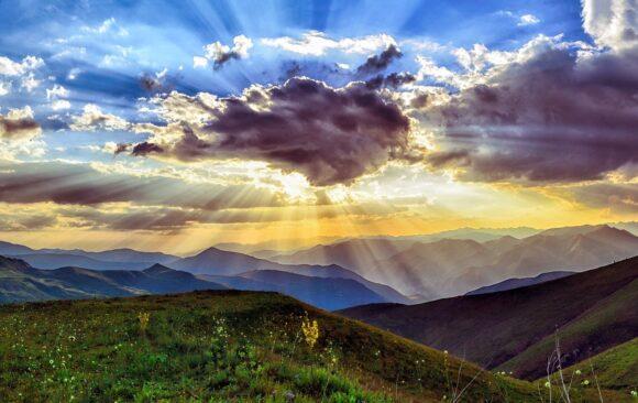 Partire dalla Terra e guardare al Cielo
